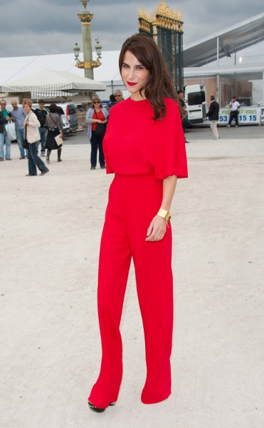 look-monocromatico-vermelho-para-senhoritas-5-371x600