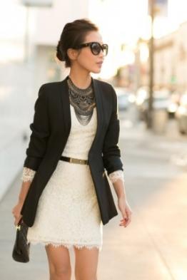 vestido-de-renda-blazer-e-acessorios-que-fazem-a-diferenca-na-inspiracao-de-hoje-e-o-look-ainda-afina-a-silhueta-8230-294215-1
