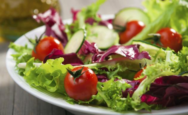 salada-de-folhas-verdes-01