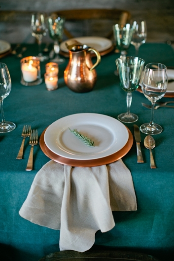 Rustic-Teal-and-Copper-Table-Setting-600x900.jpg~original