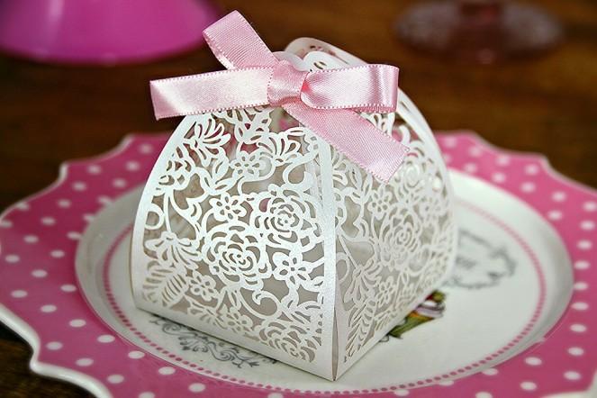 caixinha-para-bem-casado-branca-embalagem-bem-casado
